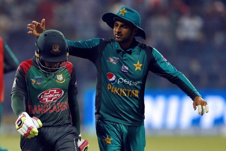 Pakistan Bangladesh Shoaib Malik