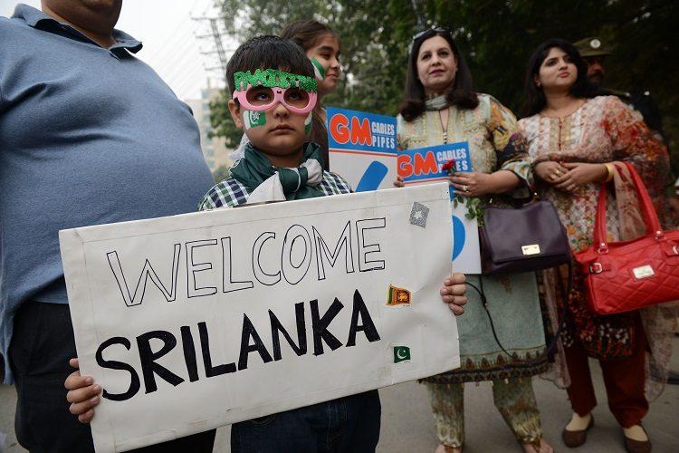 Pakistan Sri Lanka fans welcome